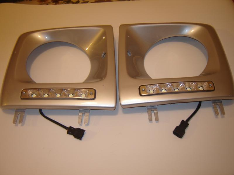 Mercedes Benz G Wagon W463 G 500 G500 G350 headlight surround LED light covers